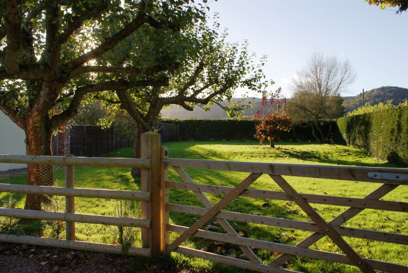 Large secure garden ideal for dogs and children