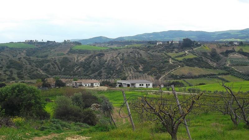 le case di Gargaleo in primavera