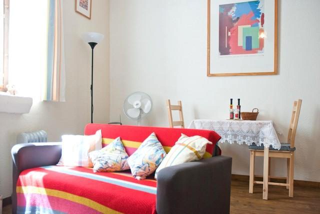 Studio Barberouge, holiday rental in Saint Martin de Villereglan