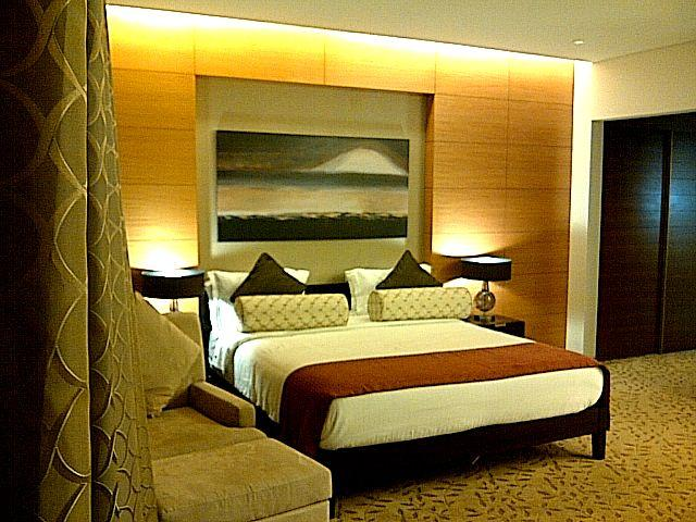 King Size bed super luxury and comfort