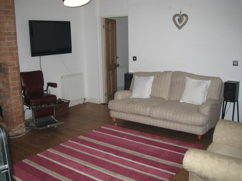 300 year old barn conversion, holiday rental in Gainsborough