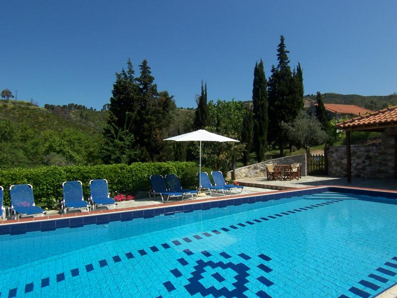 O terraço da piscina