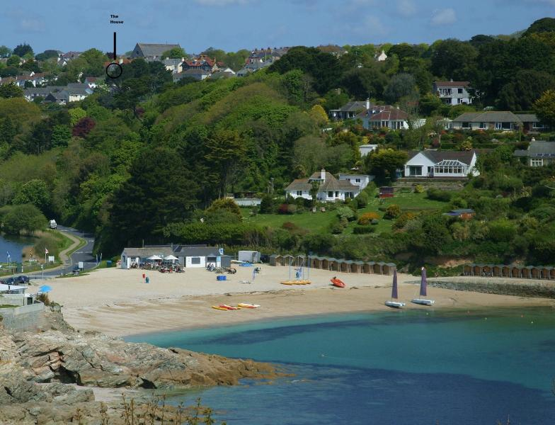 No 16. Fabulous Central Townhouse & Gardens, holiday rental in Falmouth