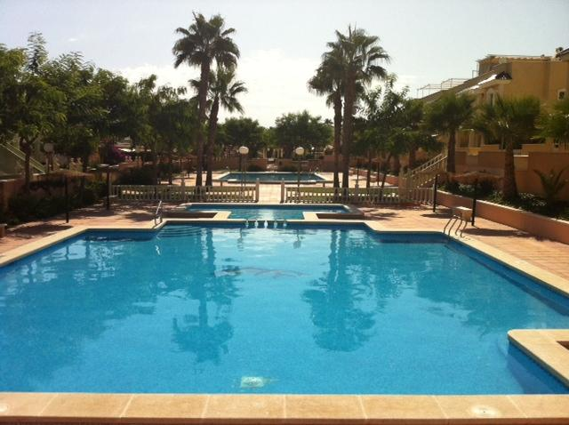 Gran Alacant 2 bed apartment,, holiday rental in Gran Alacant