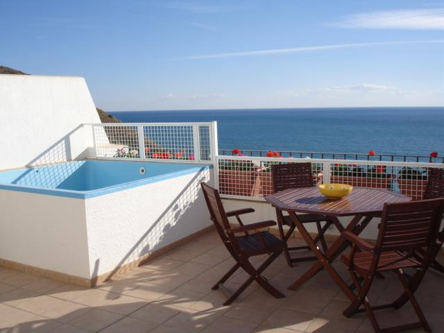 terrace with small plunge pool