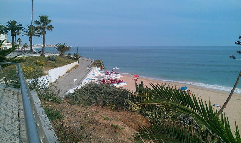 Beach view - 100mts from the apartment