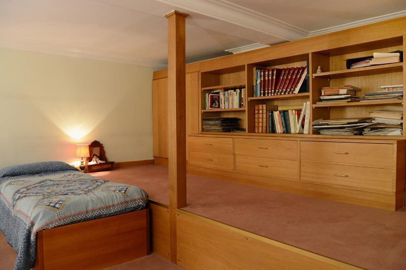 Mezzanine with single bed