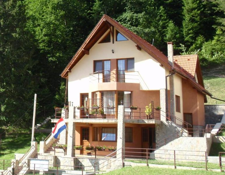 Casa 0landeza, vacation rental in Poiana Brasov
