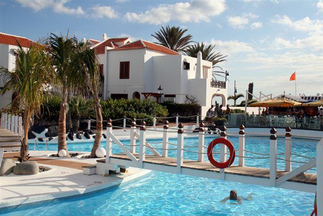 Parque Santiago 3 Villa 4 bedroom, location de vacances à Ténérife