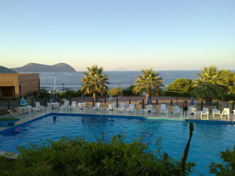 sea water shared pool