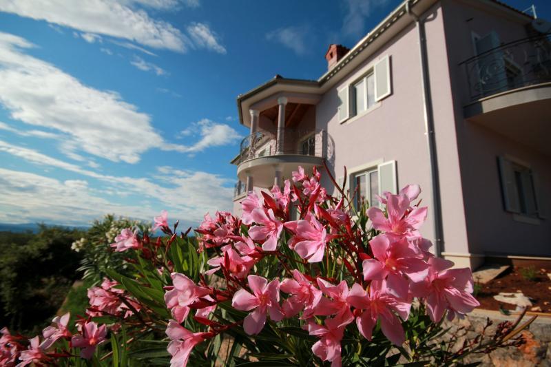Villa Viola Apartment Oleander, alquiler vacacional en Krk Island