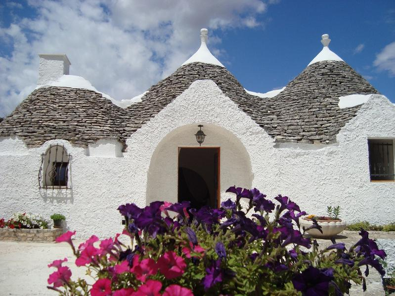 Trulli Arcobaleno, holiday rental in Castellana Grotte