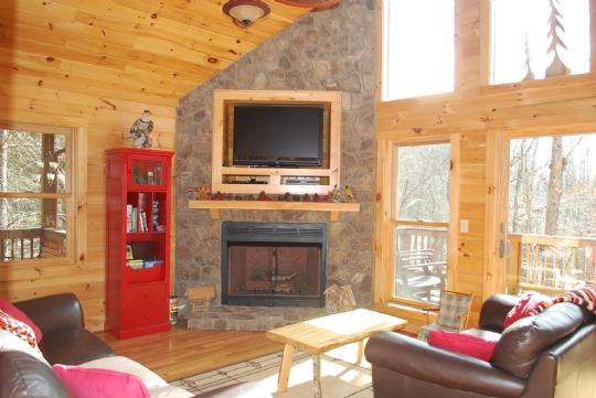 Awesome stone fireplace w/ flat screen TV