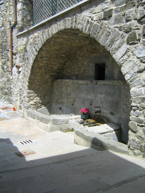 Fontana Vecchia - Sermezzana