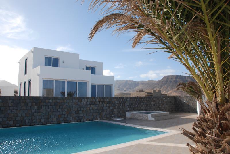 Front of villas 5a & 5b
