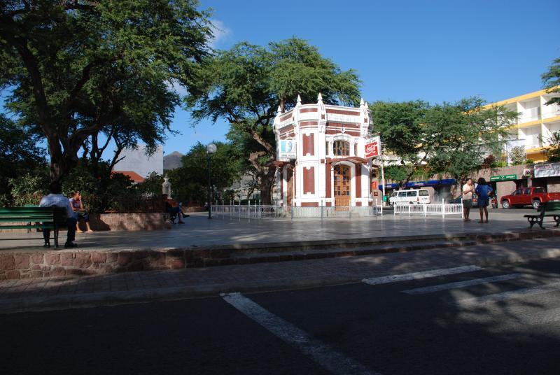 Amilcar Cabral plein in Mindelo