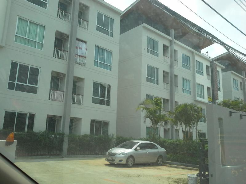 Brand New Room 5 Mins from/to BKK Airport Thailand, holiday rental in Bangkok