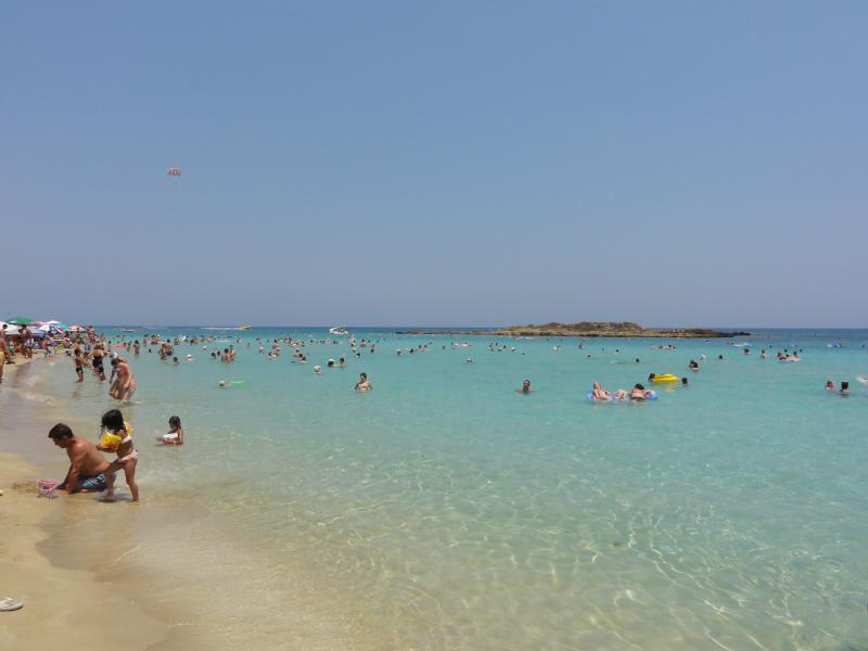Crystal Clear Turquiose Waters of  Fig Tree Bay Beach