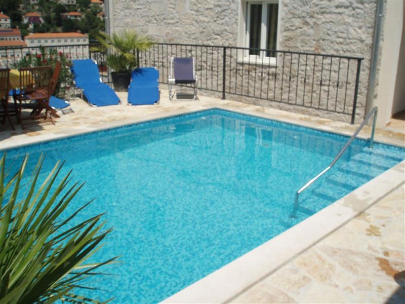 Villa Prunella, location de vacances à Pucisca