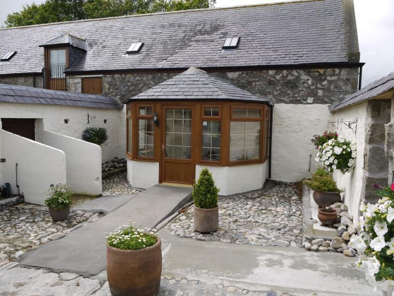 Andorinha Cottage