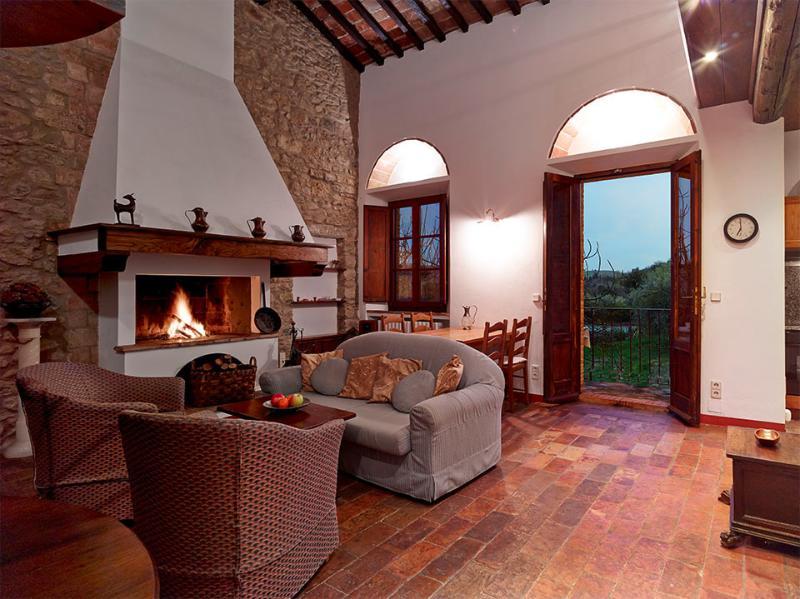 La Galleria - Weingut Podere Cortilla, holiday rental in Volterra