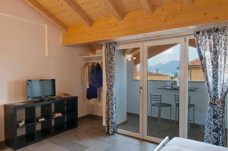 Studio 'Blu Night' at Second Floor - The windowdoor for the terrace