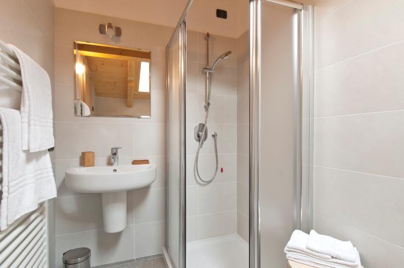 Studio 'Blu Night' at Second Floor - The Bathroom