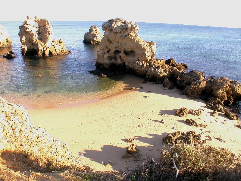 Praia da Arrifes