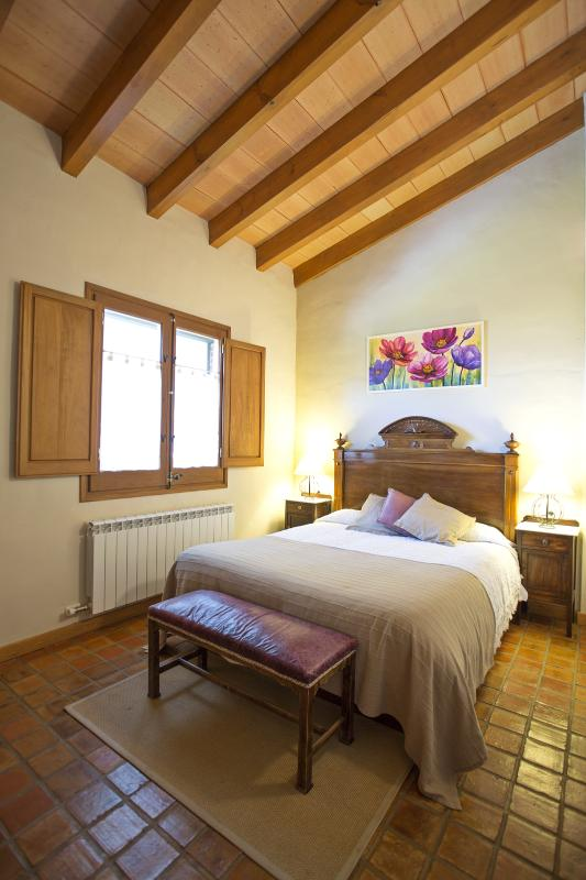 The Casa dels Camps. Double room.