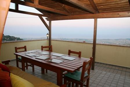 Palazzo dei Gelsomini - Upper floor and roof terrace, holiday rental in Badolato Marina
