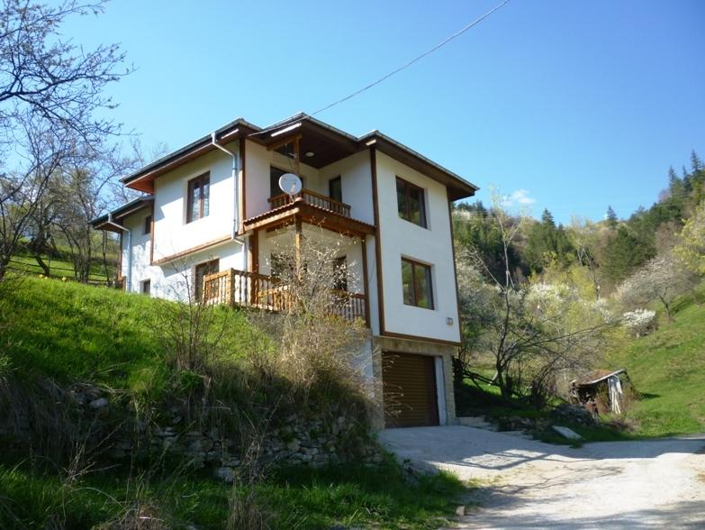 Holiday house in Momchilovtsi, holiday rental in Dedovo
