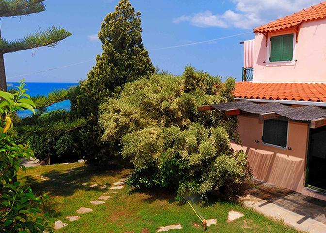 Villa Vanda La Terrazza, casa vacanza a Lygia