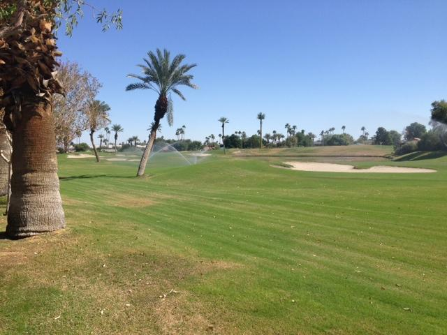 MONTHLY 2 bedroom condo on the golf course, vacation rental in Palm Desert