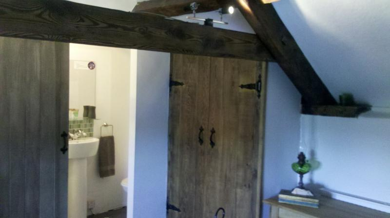 Small en-suite off master attic bedroom