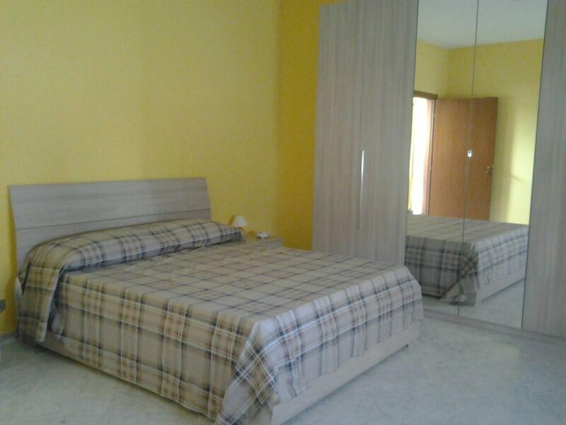 camera matrimoniale al bisogno con aggiunta di una culla o lettino