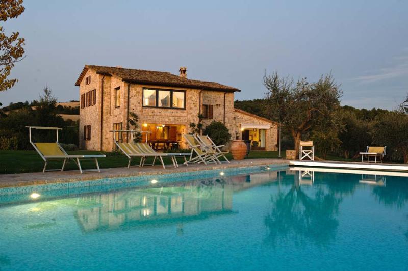Villa Morinello, location de vacances à Frontignano