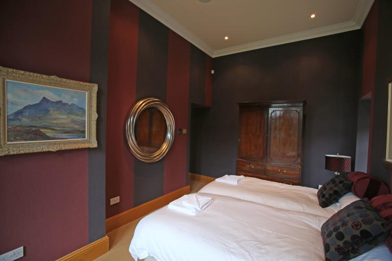 Red Bedroom (may be Superking or twin beds)