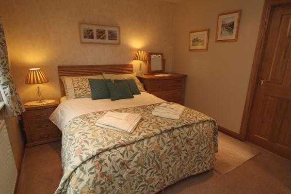 Double bedroom with en-suite at Tan-y-Graig