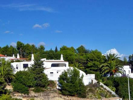 Casa Birgitta surrounded by trees & Gardens, only wallk to leading hotels
