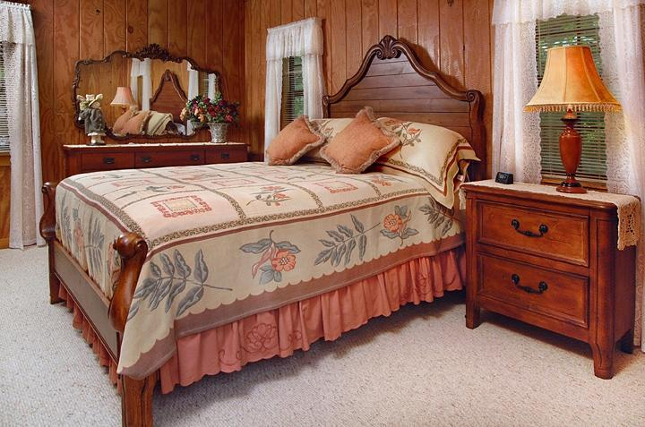 Bedroom - quality bedding - clean fresh linens