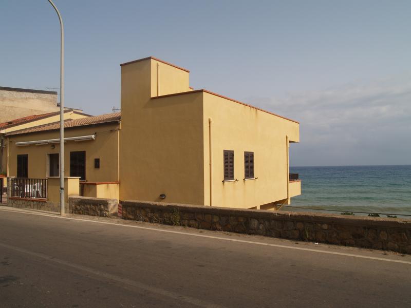 Villa Mare e Sole, vacation rental in Acquedolci