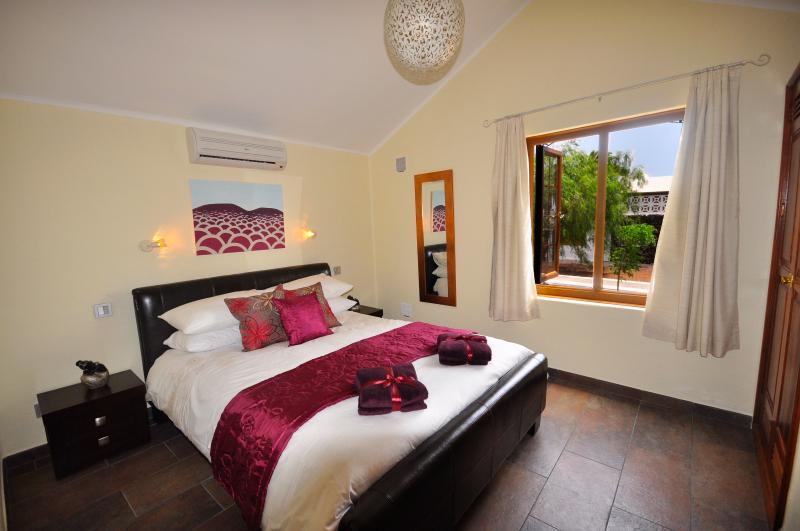 Master Bedroom with Air-Con and Ensuite bathroom.