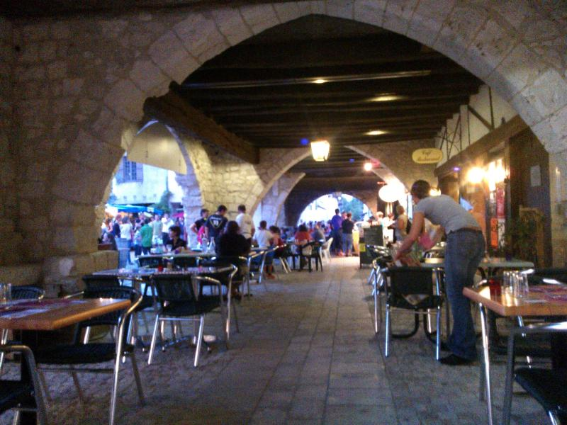 The medieval arcades in Eymet with lovely resturants and bars