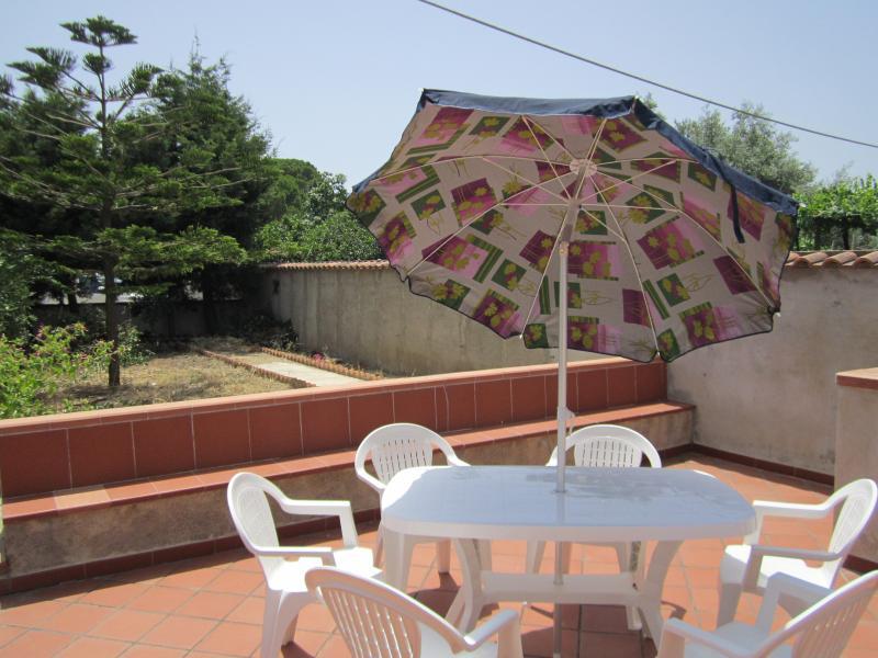 casa vacanza lontana dal caos cittadino, holiday rental in Venetico