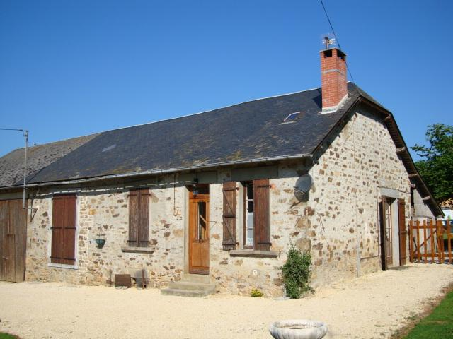 Stone house, vacation rental in Chateau-Chervix