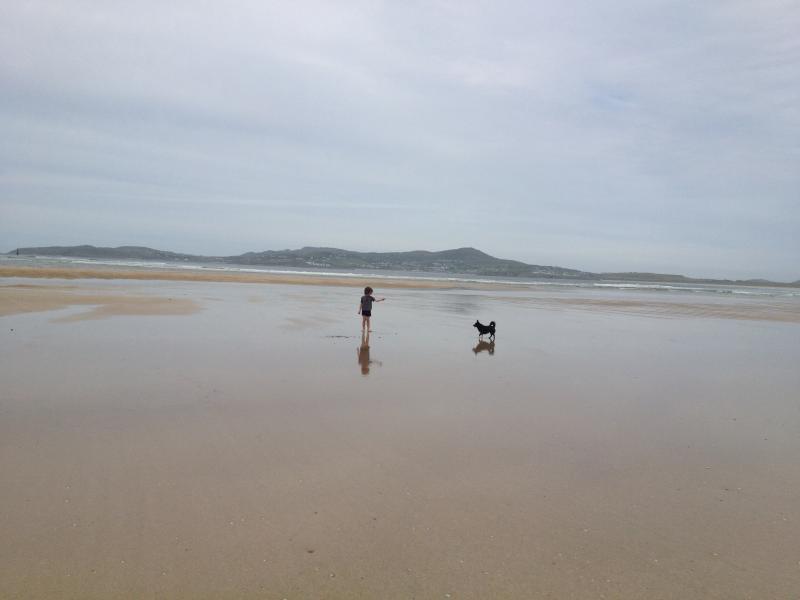 Tramore Beach quando le maree fuori, può camminare da casa.