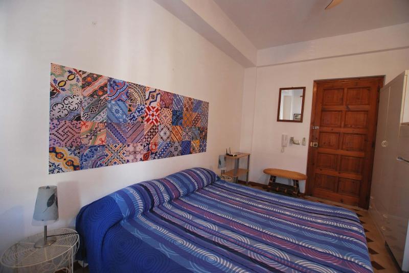 Freddy studio flat Lipari wifi, vacation rental in Aeolian Islands