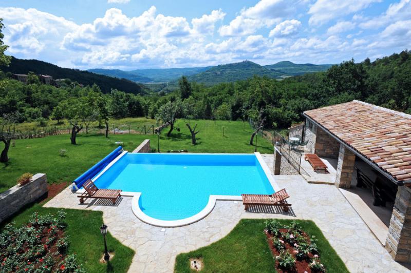 Villa Basiacchi, holiday rental in Vizintini Vrhi