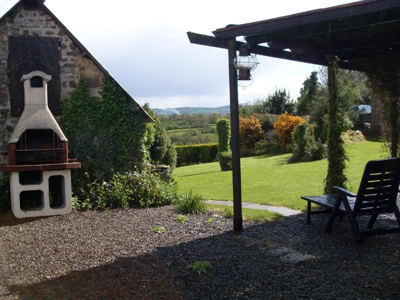 View across the garden (BBQ)
