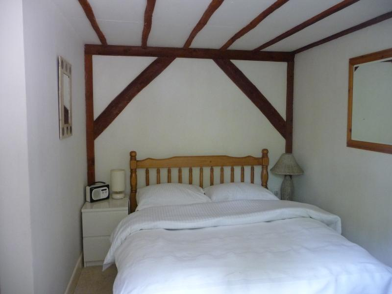 Avon Vale , New Forest Self Catering Cottage for 2, location de vacances à Redlynch